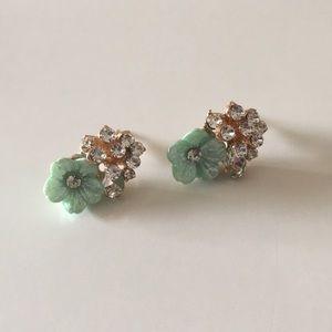 ⚠️Must Bundle⚠️Flower Rhinestone Earrings